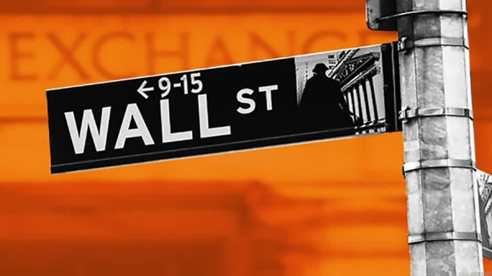 Bitcoin Backpedals, Robinhood, DraftKings - On TheStreet Friday