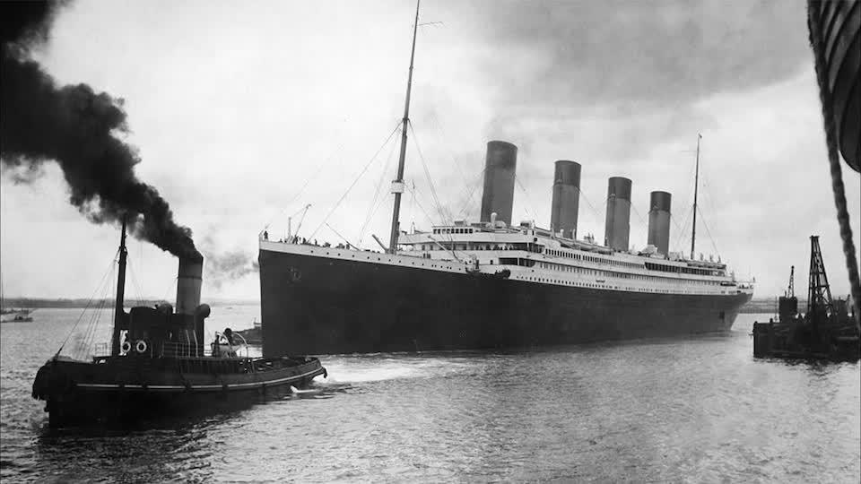 Titanic's Press Photography