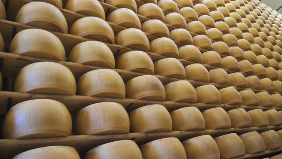David Rocco's Dolce Vita S01 E06 - Parmigiano--Reggiano