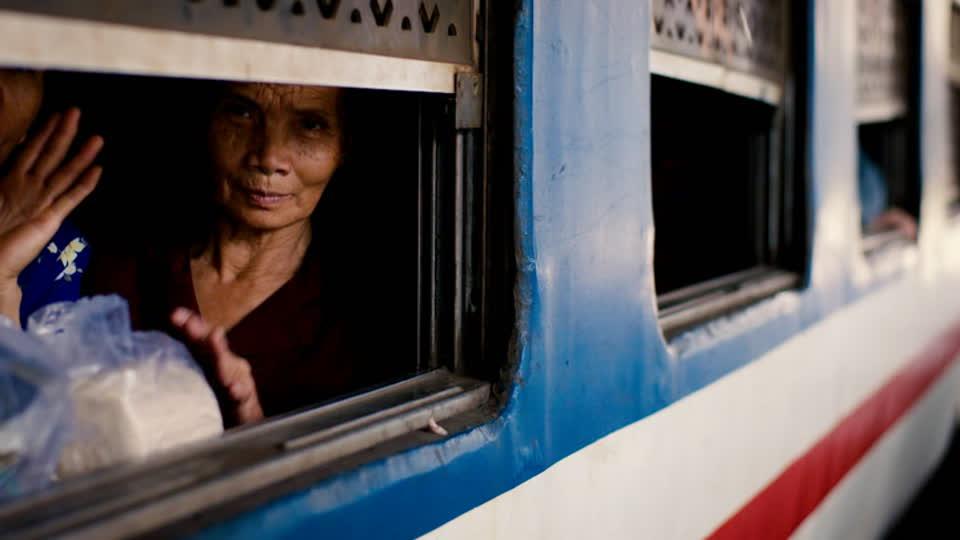 Luke Nguyen's Railway Vietnam S01 E01 - Ho Chi Minh City