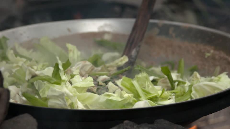 Vanishing Foods S01 E02 - Tribal Rice Dish: Yao Yao Fan