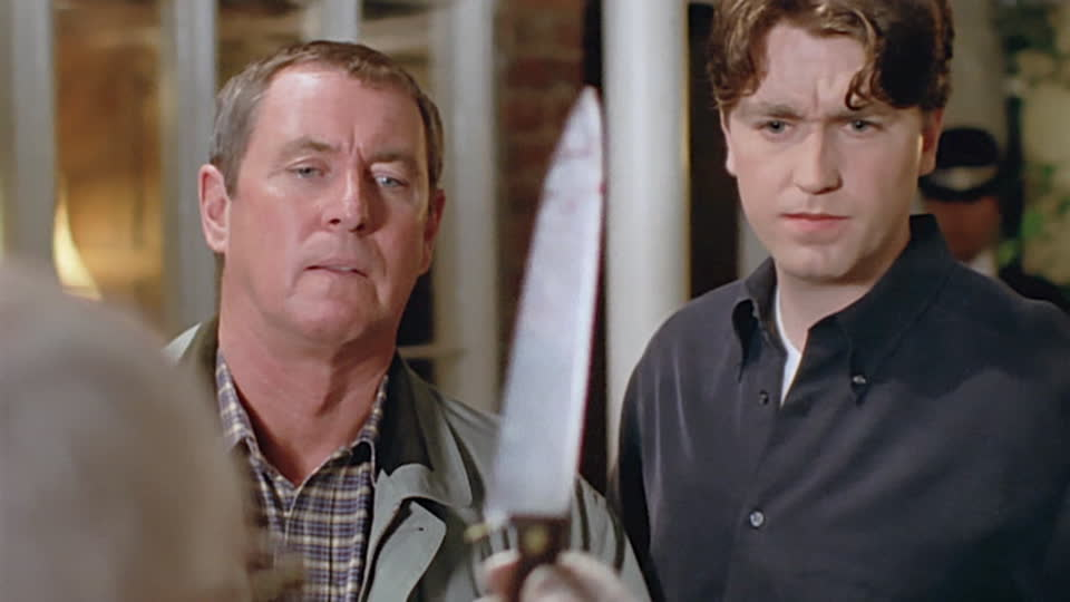 Midsomer Murders S01 E05 - Death in Disguise
