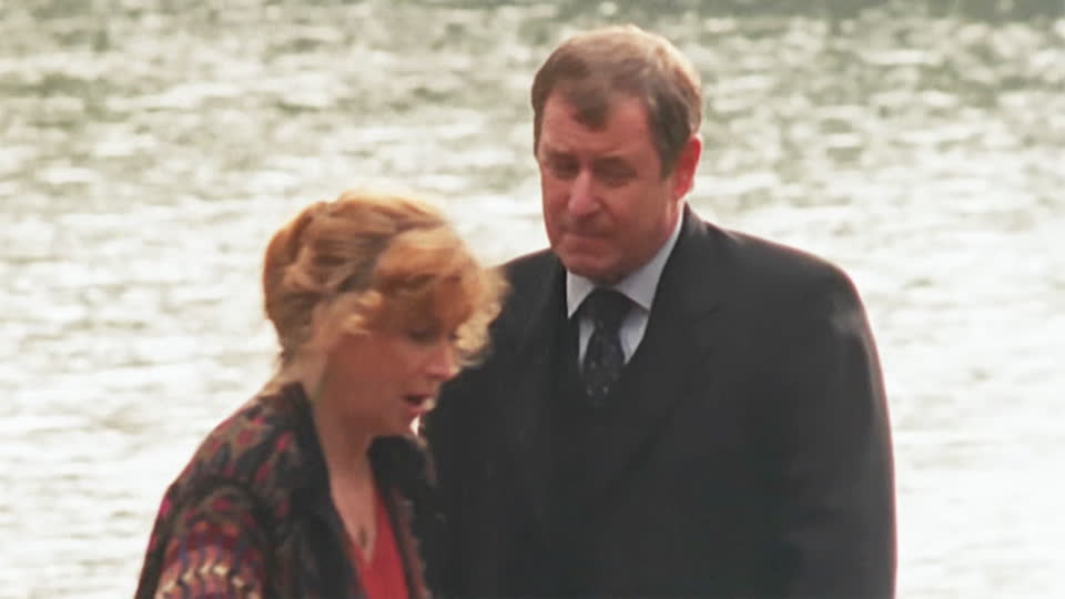 Midsomer Murders S02 E03 - Beyond the Grave