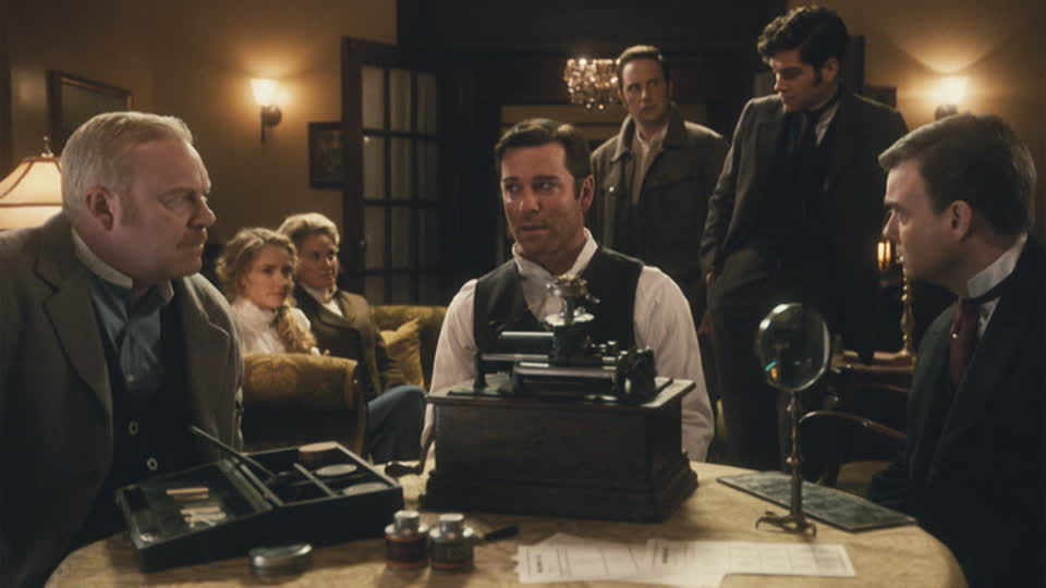 Murdoch Mysteries S11 E01 - Up From Ashes