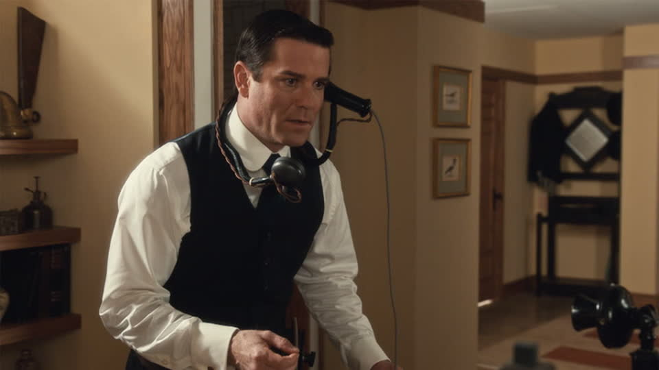 Murdoch Mysteries S13 E03 - Forever Young