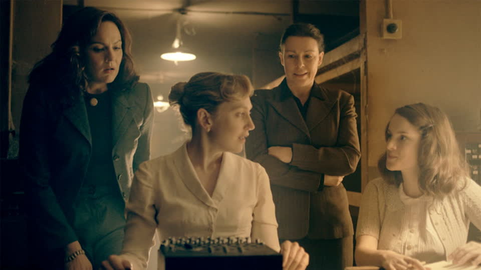 The Bletchley Circle S02 E04 - Uncustomed Goods: Part 2