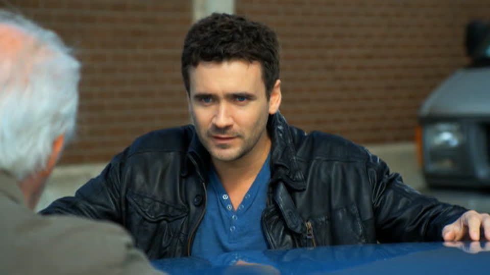 Republic of Doyle S01 E01 - Fathers and Sons