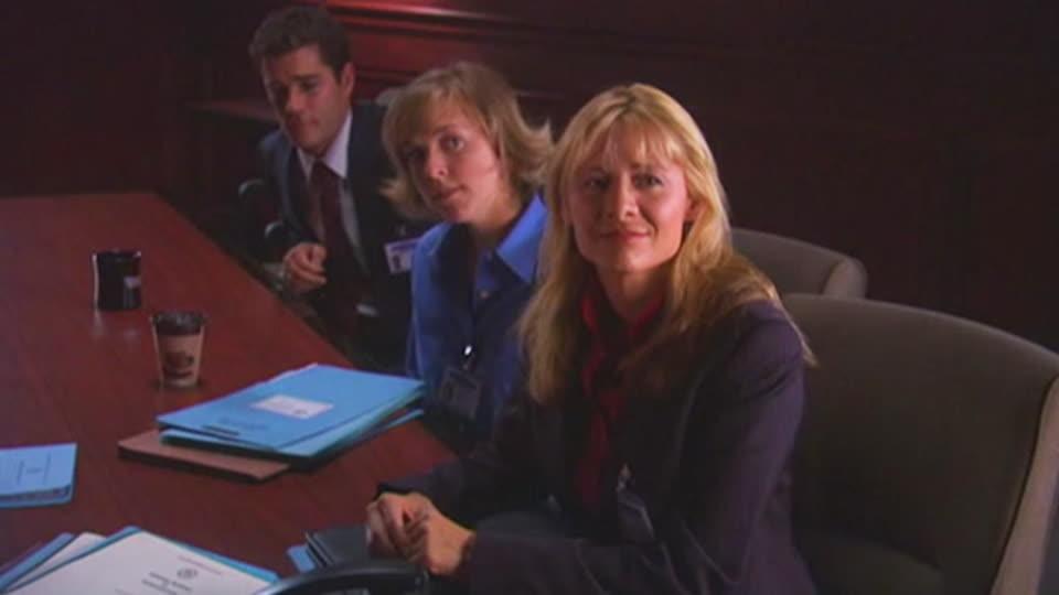 Sue Thomas F.B. EYE S01 E06 - The Signing