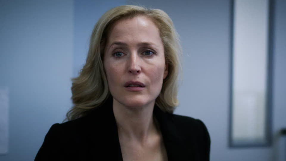 The Fall S03 E01 - Silence and Suffering