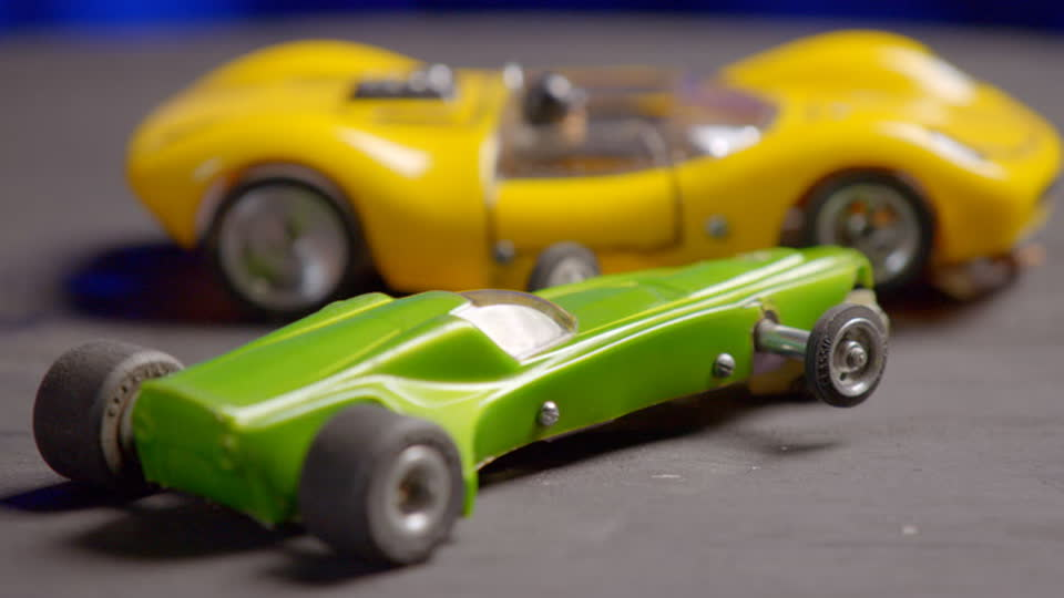 Vintage Tech Hunters S01 E06 - Bohus and Shaun…Race Slot Cars