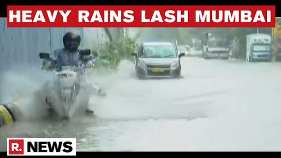 Heavy Rainfall Lashes Mumbai, Waterlogging Witnessed On Ground | Republic TV's Report